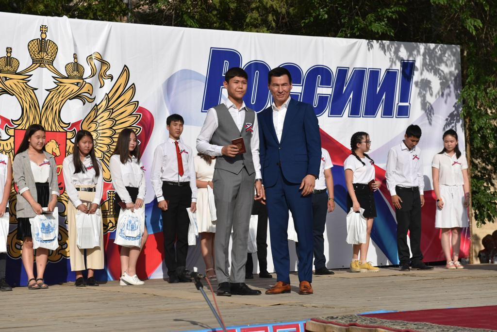 Бату Хасиков: «Я сделаю все, чтобы Калмыкия стала лучше»