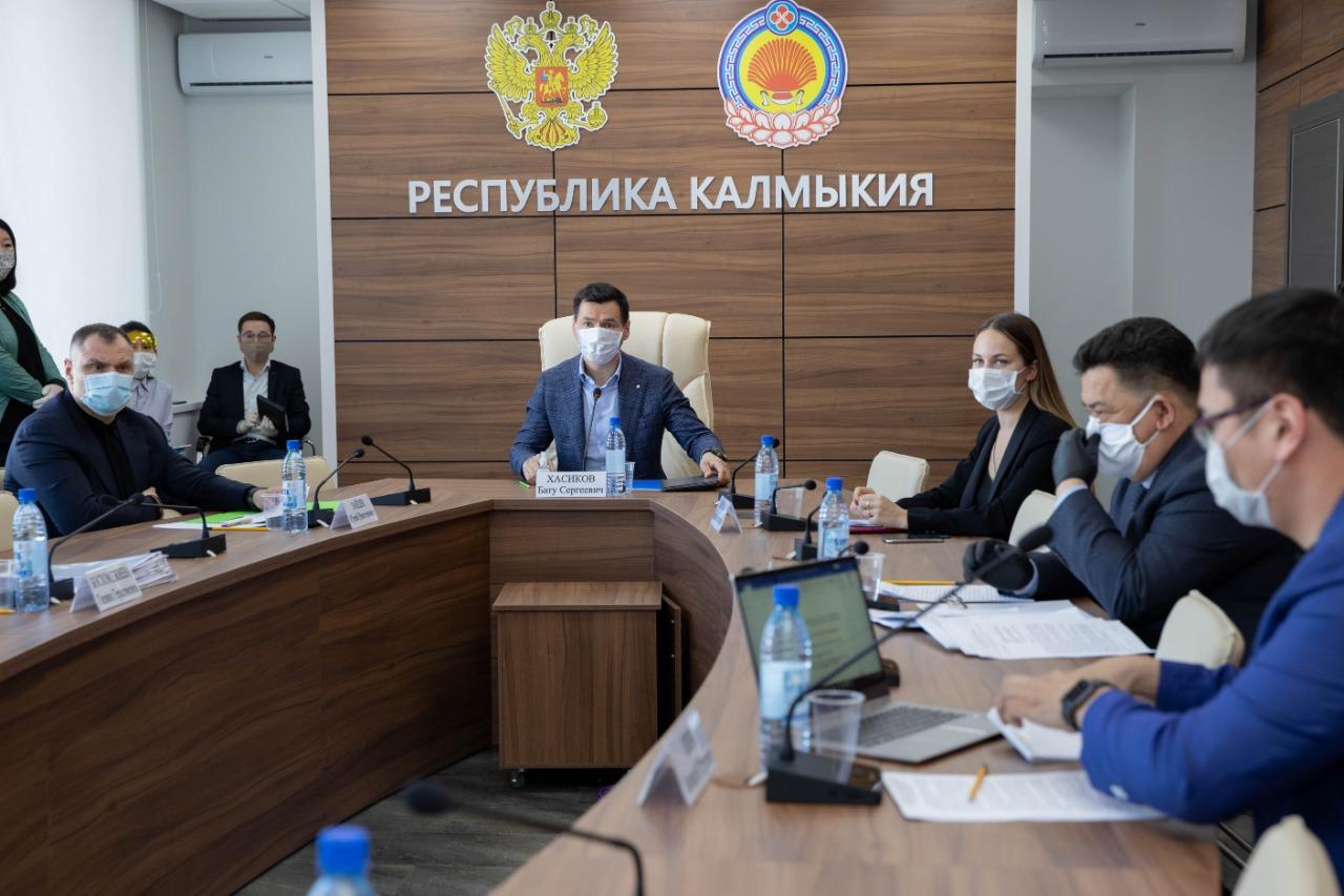 Глава Калмыкии провел совещание по вопросу обеспечения населения республики качественным интернетом